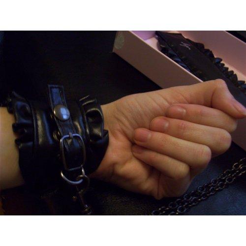 Wrist in cuff