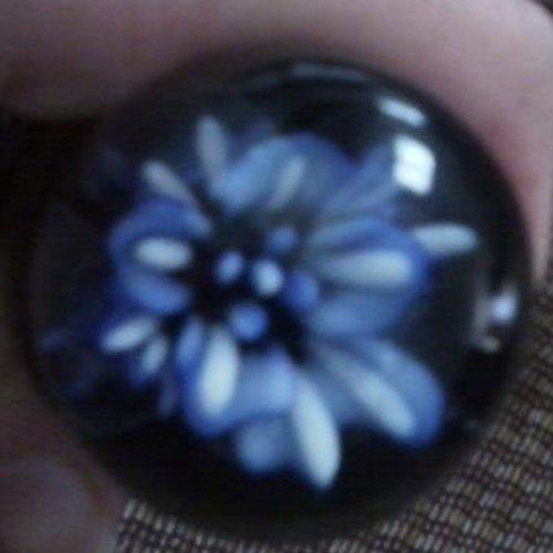 Blue flower in the bulb