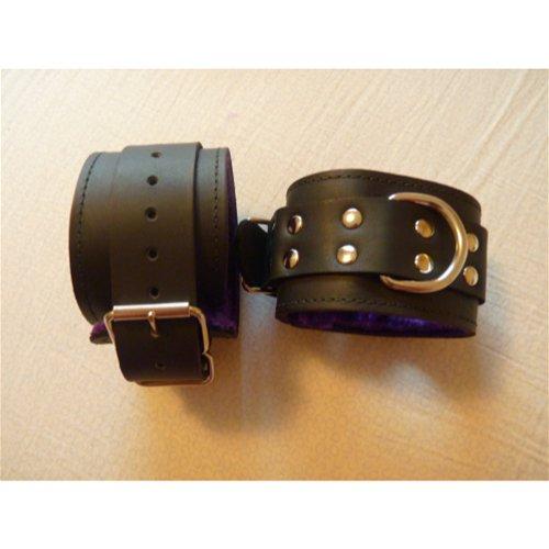 closed cuffs