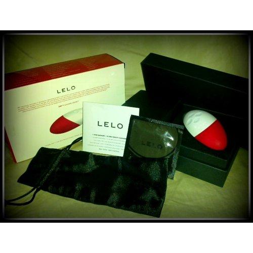 Lelo Siri- packaging sans plug