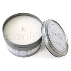 Candle - A scent of scandal (Pomegranate / Bad seed)