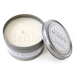 Candle - A scent of scandal (Carrot cake / Gold digger)
